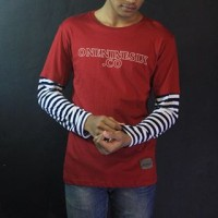 Baju Kaos Raglan Pria Merah Oneninesix