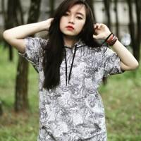 Atasan Baju Kaos Hoodie Wanita Motif Lengan Pendek Moonlight
