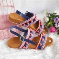 sandal hits