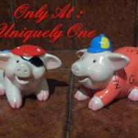 PATUNG MINIATUR PAJANGAN LUCU : SEPASANG BABI PIGGY PIG COSTUME COUPLE