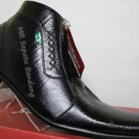 Jual Sepatu Kickers Pantofel Pria Kulit Asli Zipper Rajut Sisi Serat Kayu Murah