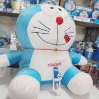 Boneka Doraemon Jumbo 60cm