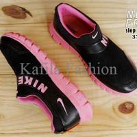 Harga Promo Sepatu Olahraga Nike Slip On Slop Women Wanita Running Jog