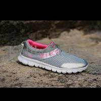Harga Promo Sepatu Olahraga Nike Slip On Slop Women Wanita Running Jo
