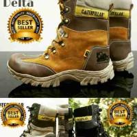 Sepatu Caterpillar Boots Pria Grade original gratis kaos kaki