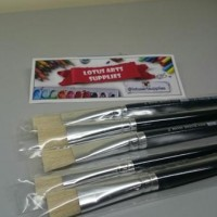 Reeves Bristle Flat Brush No 8