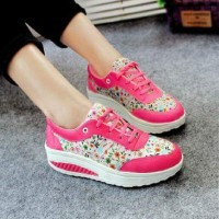 Sepatu Kets Wanita TOSCA / Sepatu Kets Wanita FANTA