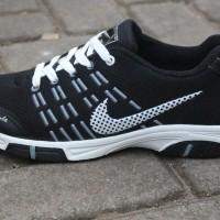 Sepatu olahraga nike badminton lari volly terbaru