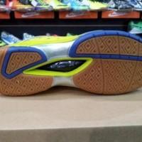 Jual Perlengkapan Olahraga Beli EAGLE Winspeed ( Sepatu Badminton Disk