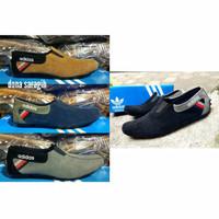 Sepatu Best Seller Terbaru / Adidas Slip On Slop Casual Warna Hitam Ta