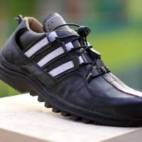 Sepatu Pria Adidas Terrex Gear Black 100% Kulit Licin Safety