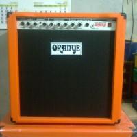 Guitar Amplifier With Over Drive 8 Inch / Ampli Gitar dengan Distorsi