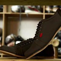 Sepatu Spesial / Sepatu Kickers Shaka Brown Coklat Kerja Casual Pria