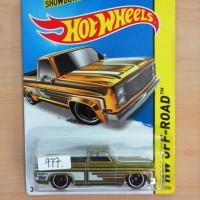 HOT WHEELS '83 CHEVY SILVERADO GOLD SUPER TREASURE HUNT TH$ 2014 #136