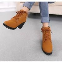 harga Sepatu Cantik Boot Heels Gesper Tan Tokopedia.com