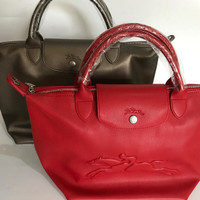 Longchamp Le Pliage Neo Victoire in Leather (Medium)