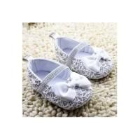 Sepatu Bayi Prewalker White Brukat Ribbon Terdiri dari Limited