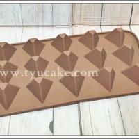 Pyramid Chocolate Silicon