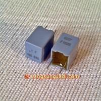 0.1uF 160V Vishay ERO MKP1837 capacitor 0,1uF 100nF MKP 1837