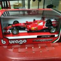 Bburago - Ferrari SF15 -T .Skala 1:24