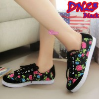 Flat shoes sepatu casual kets flower bunga hitam black unik murah