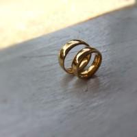 Cincin Titanium Stainless Couple Kuning Emas