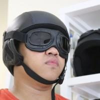 Leather Helmet Chip Hitam