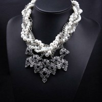 Vintage Chain Pearl Crystal Necklace / Kalung Fashion Import