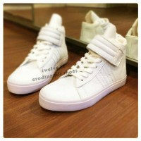 sepatu sneaker boot flat adidas cewek