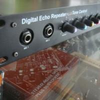 DIGITAL ECHO REPEATER PLUS TONE CONTROL (COCOK UNTUK KARAOKE) DHB 413