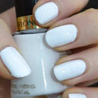 Revlon Nail Enamel Original - White On White - Kutek - Kuku - Polish