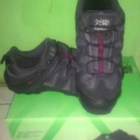 harga Sepatu Traking Karrimor Summit Ori Tokopedia.com