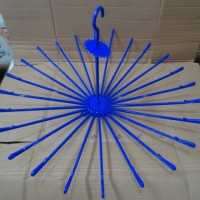 Jemuran / Hanger Folding Lionstar 24 Stick