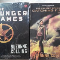 Harga Buku KW Hunger Games dan Catching Fire Suzanne Collins  | WIKIPRICE INDONESIA