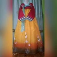 Hanbok Vira (jeogori merah chima kuning lukis)