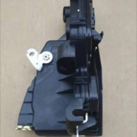 Door Lock Depan Kanan BMW E46