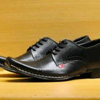 harga Sepatu Kerja Pantofel Tali Kickers Kulit Hitam Tokopedia.com