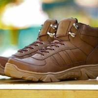 harga Sepatu Boots Pria Murah Adidas Delta Boots Tokopedia.com
