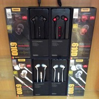 Handfree / Earphone with Microphone Remax 610D