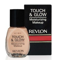 Revlon Touch & Glow Liquid Make Up 38ml