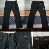 Celana Panjang Rip Curl Straight Jeans Slimfit Black