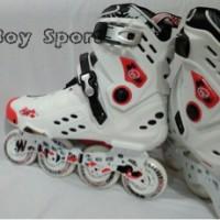 Sepatu Roda/Inline skate Weiqiu 0902