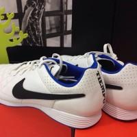 Nike Tiempo Genio Leather IC White/Blue size 40