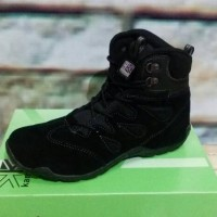 harga Sepatu Gunung Karrimor Tokopedia.com