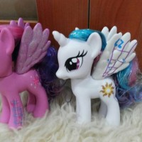 Mainan Figure My Little Pony Twilight Sparkle & Princess Celestia