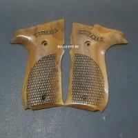 harga Grip Kayu Umarex Walther CP 88 Tokopedia.com