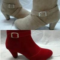 Sepatu Boot Wanita / Nabato shoes