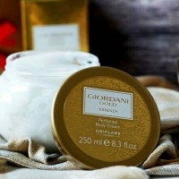 Giordani gold essenza perfumed body cream