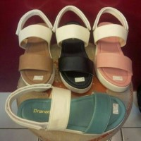 Sendal Flipflop Sneakers Flatform Sepatu Sendal