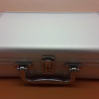 harga Koper alumunium / box alumunium ukuran 28.5cm x 19cm Tokopedia.com